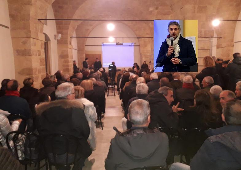 """Il sindaco di Avola ai suoi concittadini: """"Contro di noi odiatori seriali"""" (IL VIDEO)"""