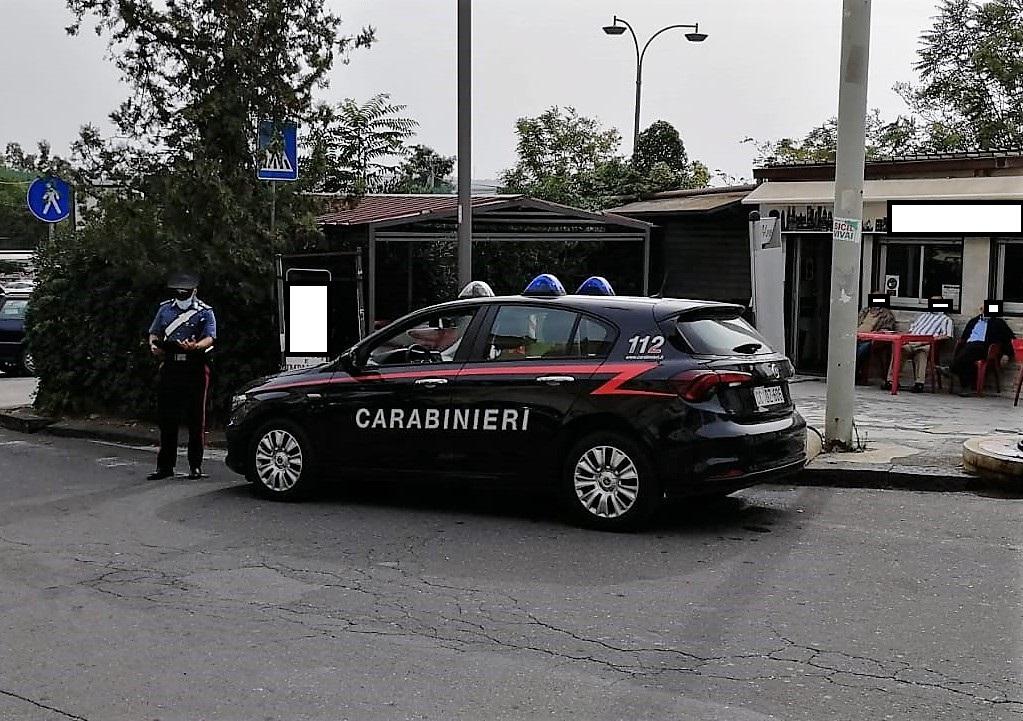 Botte da orbi a Mineo per contendersi una donna: due arrestati