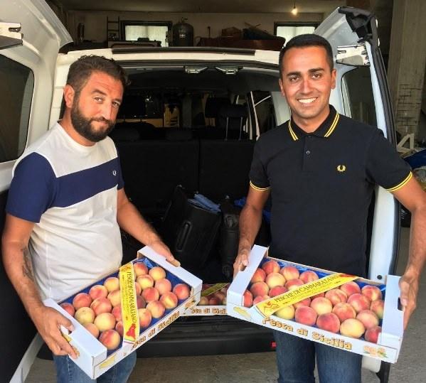 Regionali in Sicilia, Di Maio e Cancelleri al mercato di Ballarò