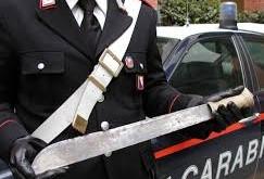 Rosolini, circolava in auto con un machete: denunciato