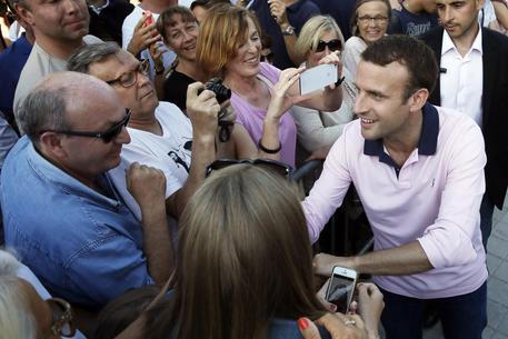 Legislative in Francia, urne aperte per i ballottaggi