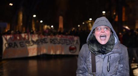 Scontri Torino: indagata la maestra che minacciò gli agenti