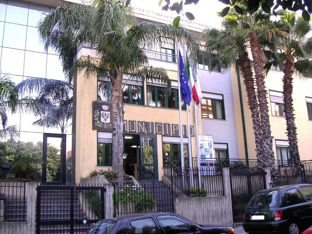 Consiglio straordinario a Misterbianco dopo gli arresti per mafia