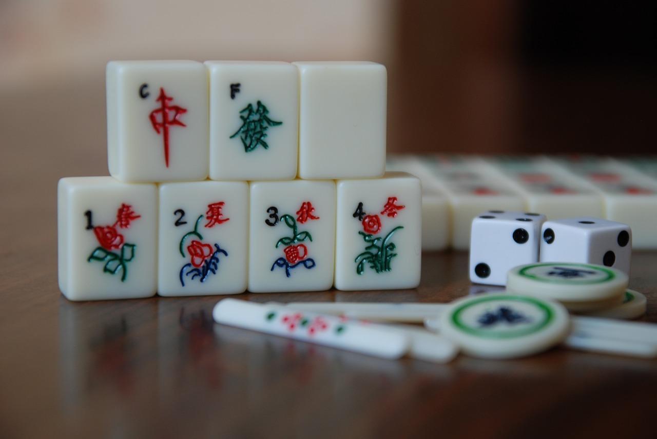 Da analogico a digitale: l'evoluzione dei giochi da tavola dalla tradizione al mercato online