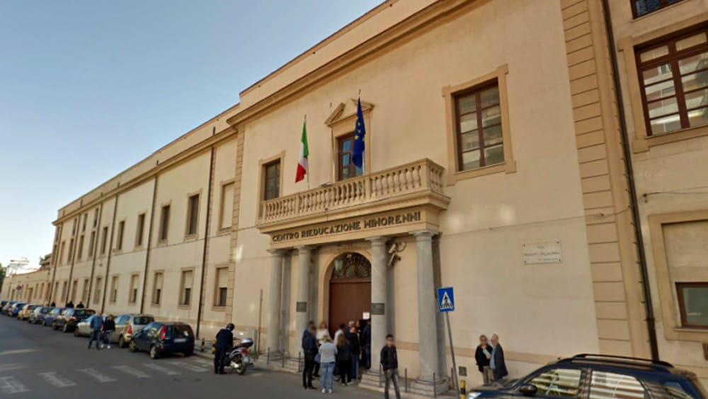 """Palermo, aggressione al carcere """"Malaspina"""": 5 agenti restano feriti"""