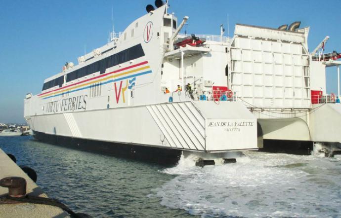 Arrivati a Pozzallo 242 siciliani: erano bloccati a Malta da due settimane
