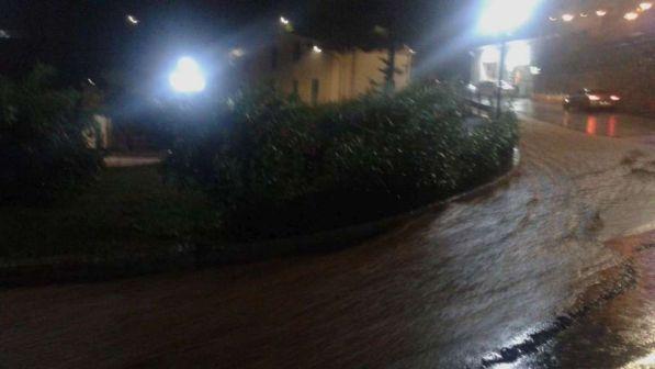 Maltempo, pioggia e grandine sul Gargano: evacuati campeggi