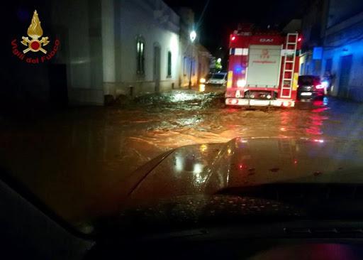 Maltempo, Protezione civile: allerta arancione in Puglia, temporali e venti forti al centro-sud