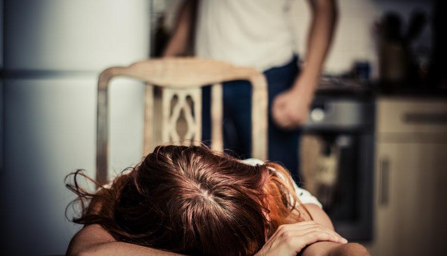 Aggredisce la moglie, arrestato dalla polizia di Bagheria