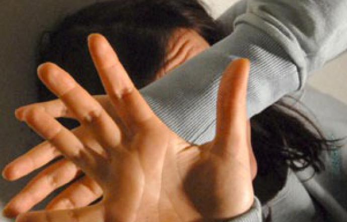 Maltrattamenti a moglie e figlio di un mese, un arresto ad Agira