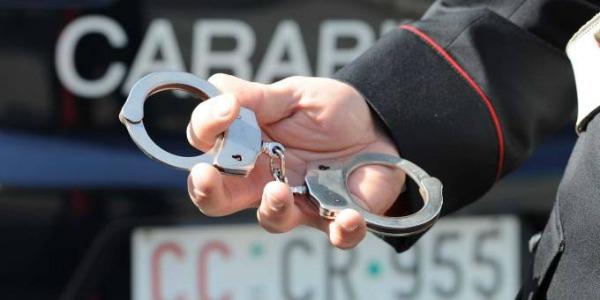Catturato nel Napoletano dopo sei mesi di latitanza: aveva documenti falsi
