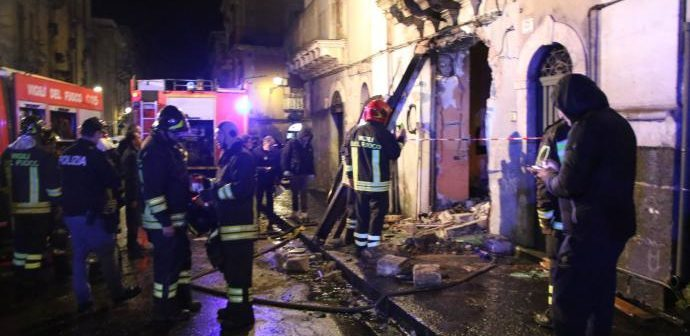Esplosione a Catania, archiviata inchiesta caposquadra pompieri