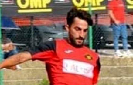 Scontro tra due Fiat Seicento ad Altofonte: morto un calciatore