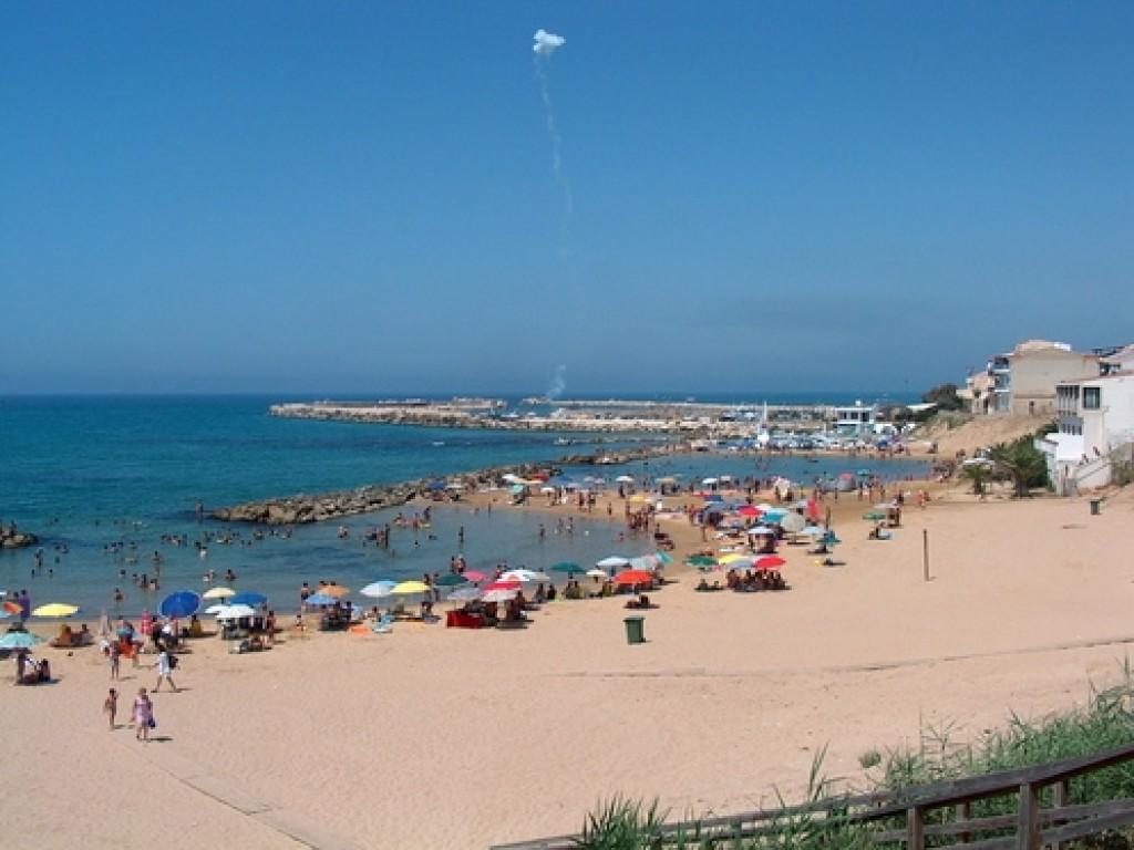 Tunisino annega a Scoglitti per salvare suo figlio