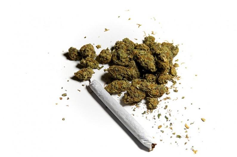 Adrano, 27 enne segnalato al Prefetto per uso di marijuana