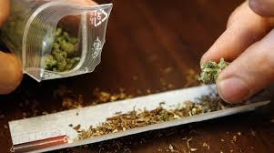 Floridiano girava a Siracusa con la marijuana: denunciato e segnalato