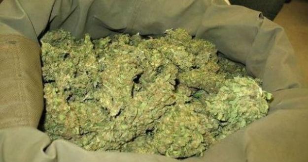 Gela, gli trovano 4 chili di marijuana durante una perquisizione
