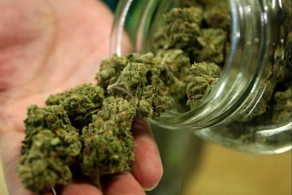 Lentini, gli trovano la marijuana: denunciato in stato di libertà