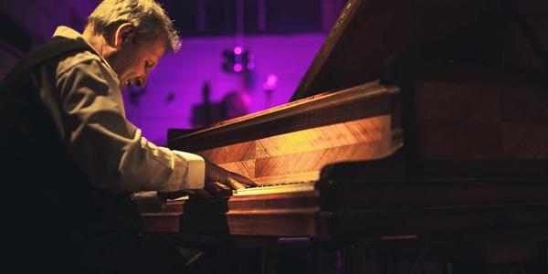 Jazz al Garibaldi di Modica, concerto di Mario Romano e Quintet