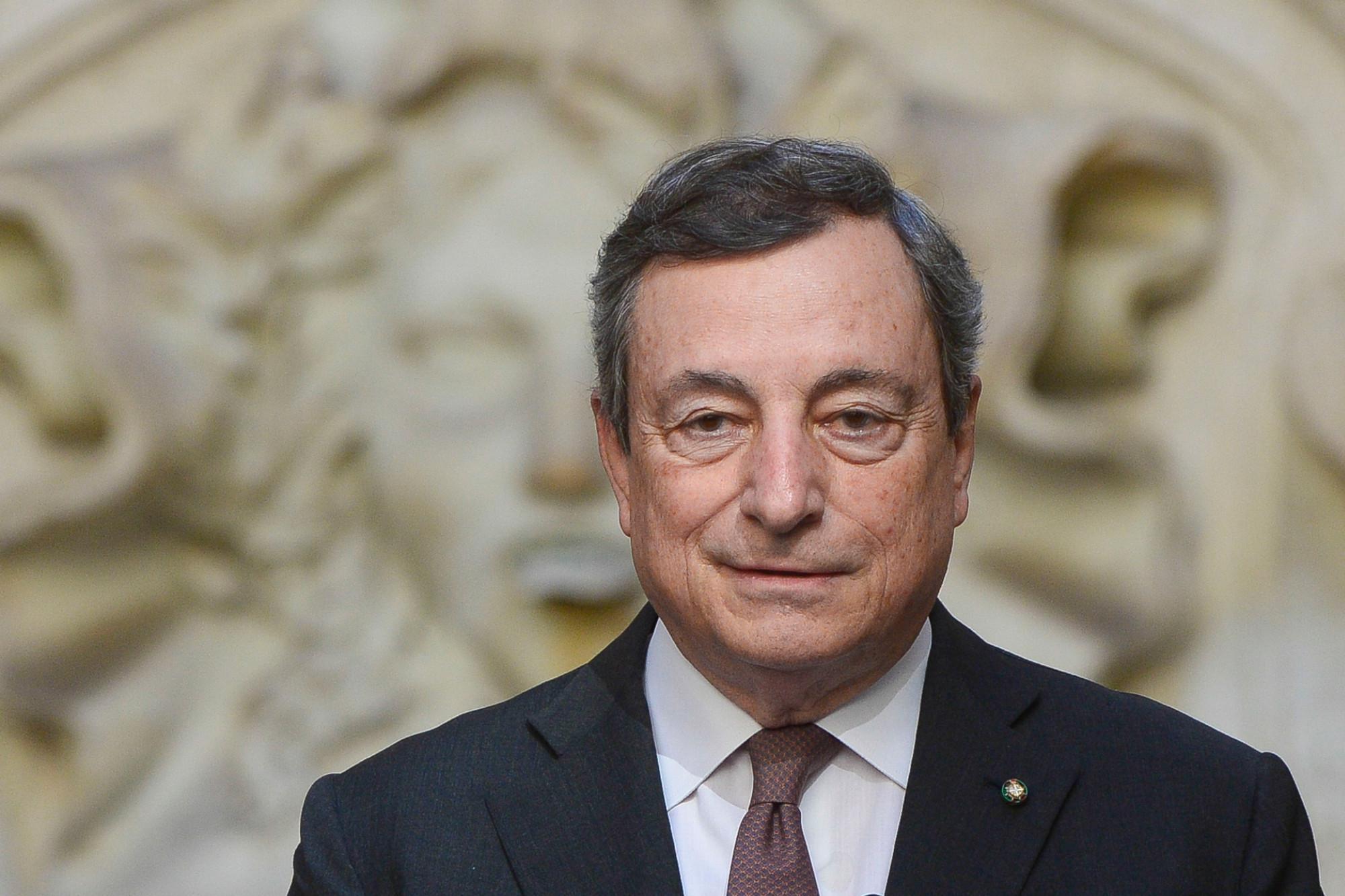 Draghi: stop a quota 100: passaggio graduale alla normalità