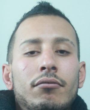 Catania, parcheggiatore abusivo picchia coppia che non paga: arrestato