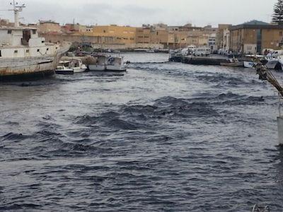 Torna 'U Marrobbio' a Lampedusa, due pescherecci affondati