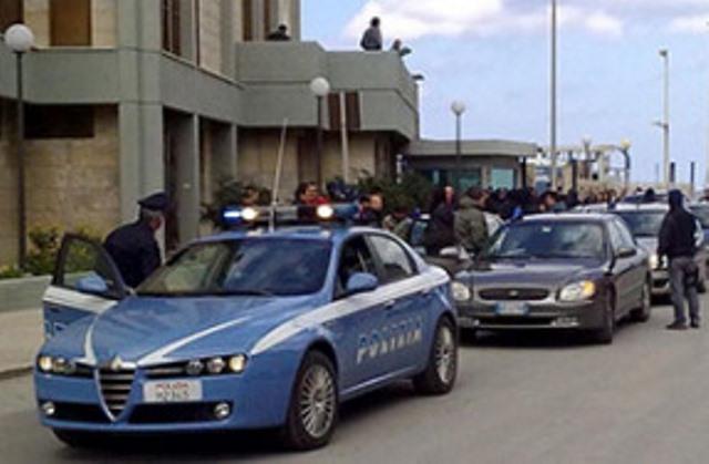 L'assalto alla banca Toniolo di Marsala: fermate sette persone
