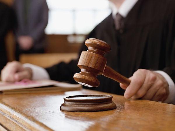 Camorra: tribunale minori Napoli toglie figli a boss