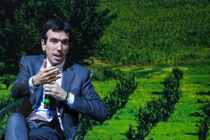Agricoltura, il ministro a Monreale: in Sicilia fronte decisivo per il futuro