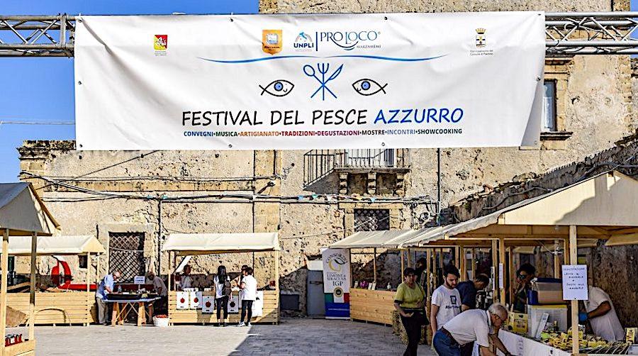 """Marzamemi, prende il via domani la settima edizione del """"Festival del pesce azzurro"""""""