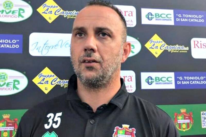 Calcio, Peppe Mascara nuovo allenatore del Siracusa. Il presidente Montagno: sono dispiaciuto per Regina