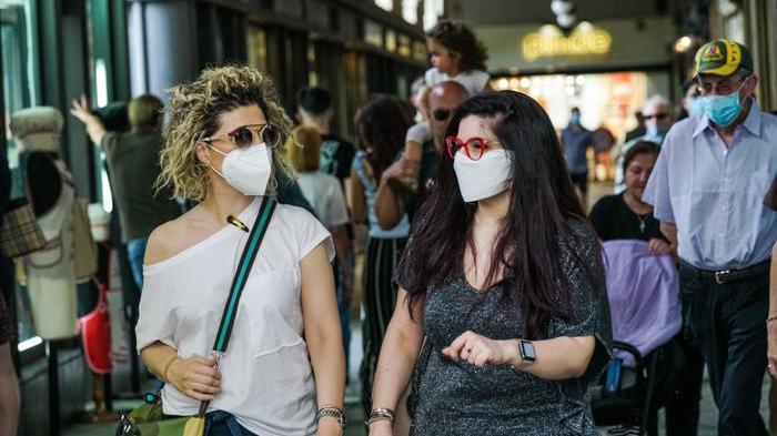 Da oggi mascherine obbligatorie in Sicilia al di sopra dei 6 anni