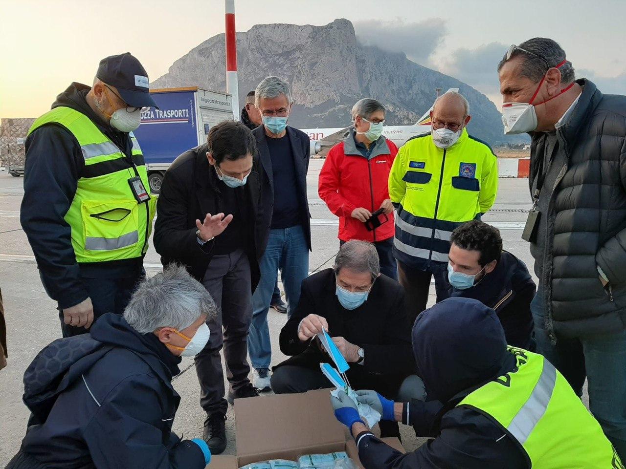 Coronavirus, la Regione Siciliana ha distribuito 18 milioni di dispositivi di sicurezza