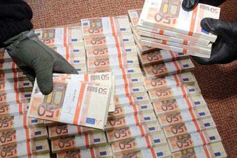 Banconote false: due fratelli arrestati nel Palermitano
