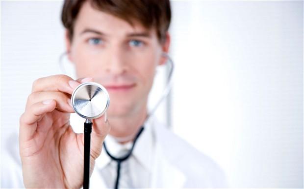 Carenza di medici, Giulia Grillo annuncia riforma della Formazione