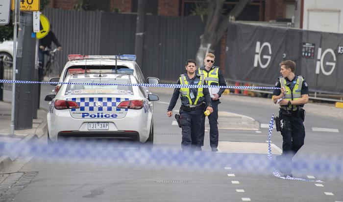 Sparatoria a Melbourne davanti a night club: un morto e un ferito