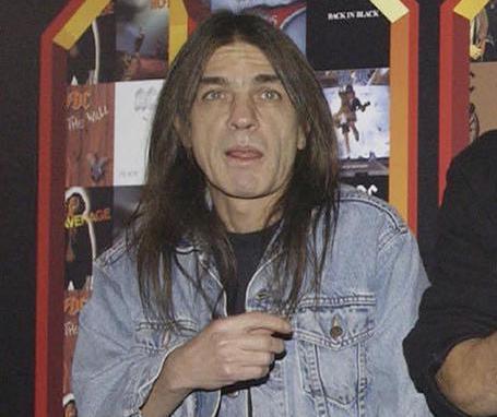 E' morto il chitarrista Malcom Young: fondo gli AD/DC