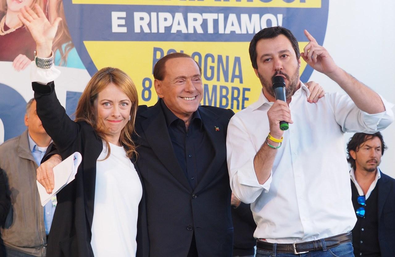 Centrodestra, domani ad Arcore vertice Berlusconi, Salvini e Meloni
