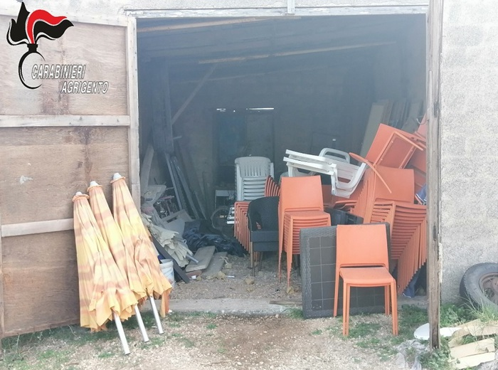 Menfi, resort hotel chiuso a causa del Covid: i ladri fanno razzia di arredi