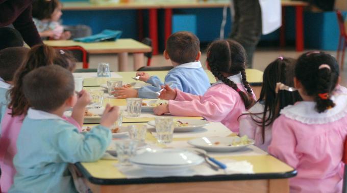 Meetup Grilli Elorini, è bufera sulla refezione scolastica a Rosolini