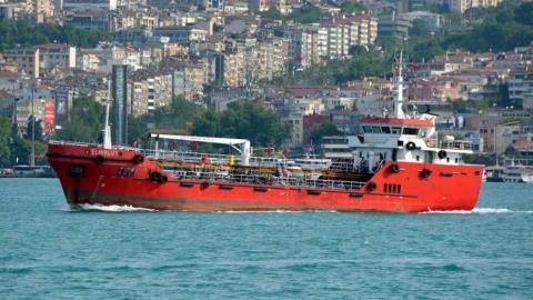 Mercantile  dirottato con più di cento migranti nel mare di Malta