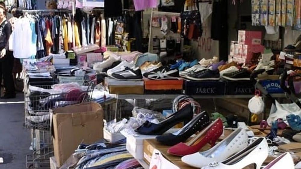 Palermo, controlli al mercatino di Borgo Nuovo: multati 5 ambulanti