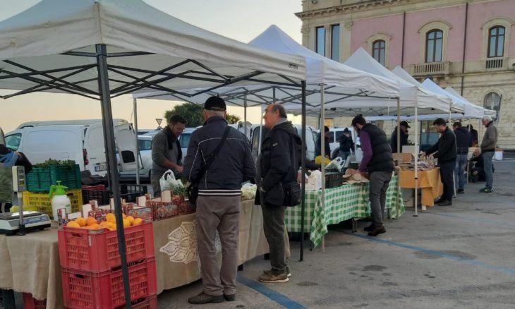 Siracusa, domenica riparte a Ortigia il mercato del contadino