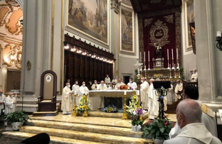 Ragusa, solenne concelebrazione per la fine dell'episcopato di monsignor Cuttitta