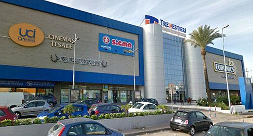 Centri commerciali e supermercati domani aperti a Messina