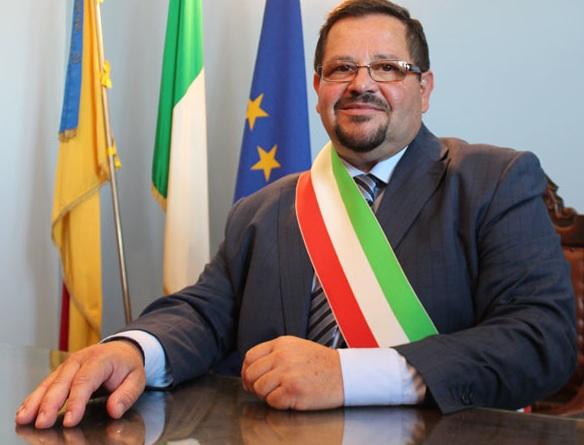 Gela, il sindaco azzera la Giunta: poi rinomina due assessori
