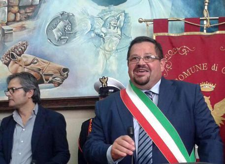 Il Movimento 5 stelle Sicilia mette alla porta il sindaco di Gela