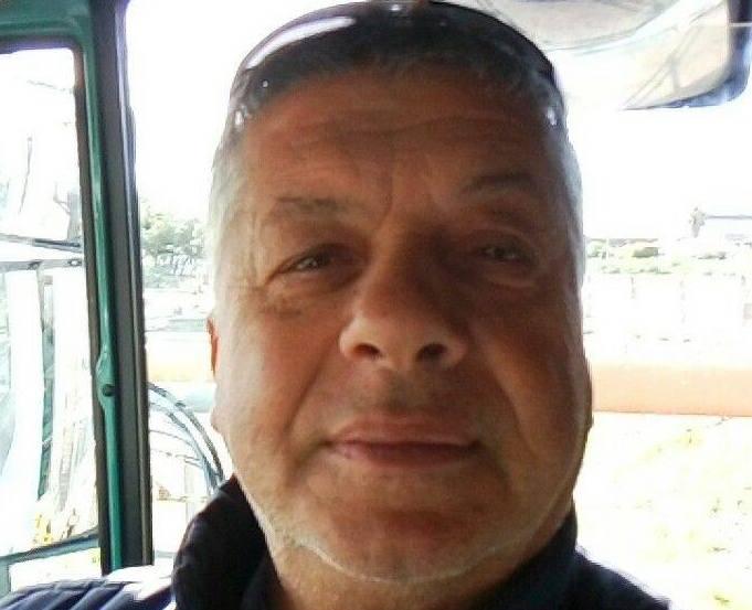 Operaio di Rosolini trovato cadavere nella sua auto a Marina di Melilli