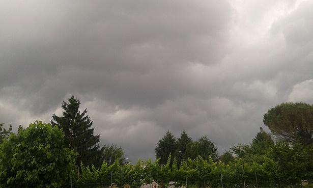 Meteo, allerta temporali: ma farà ancora caldo