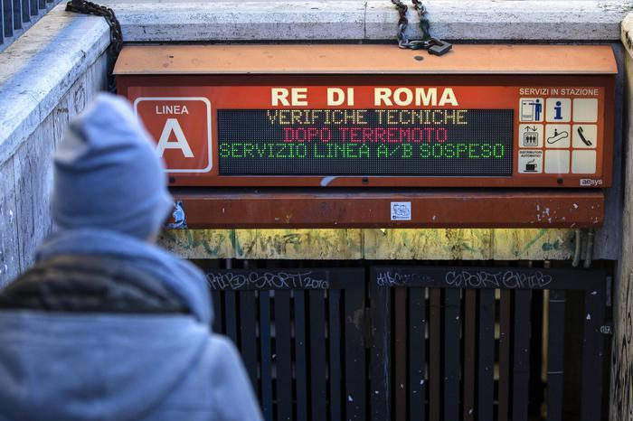 Paura a Roma per il terremoto: chiuso il ponte Mazzini